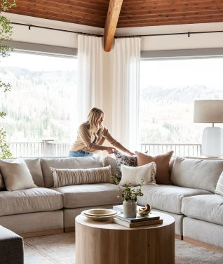 How To Style Pillows on a Sectional