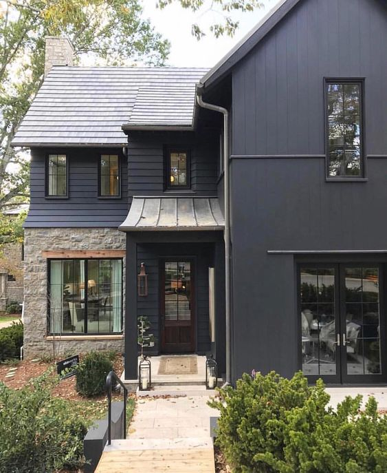 Dark Exterior Color Trend: Why We Love It