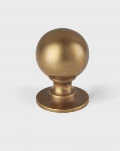 Cotswold Ball Knob