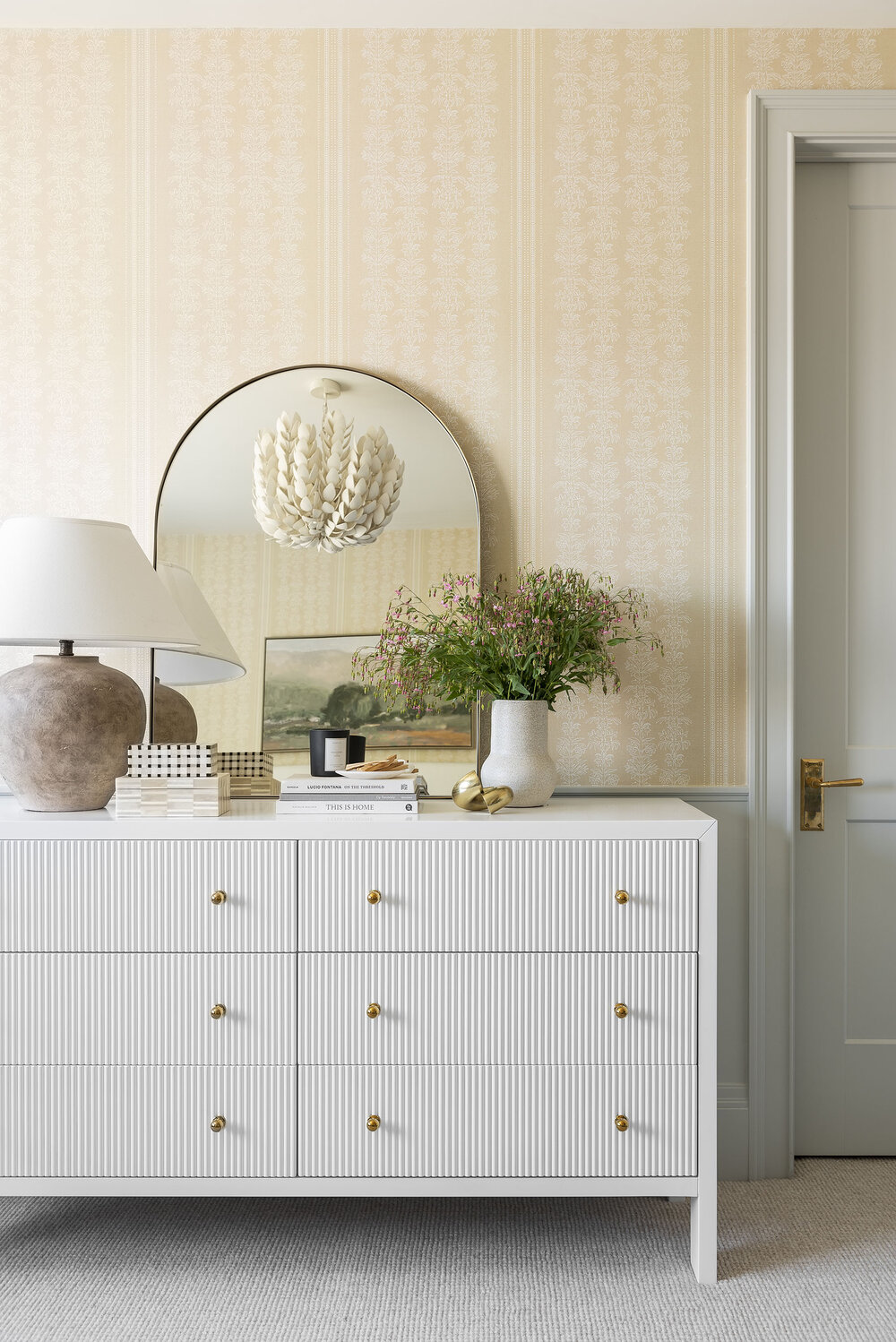 How to Choose the Right Mirror For Your Space