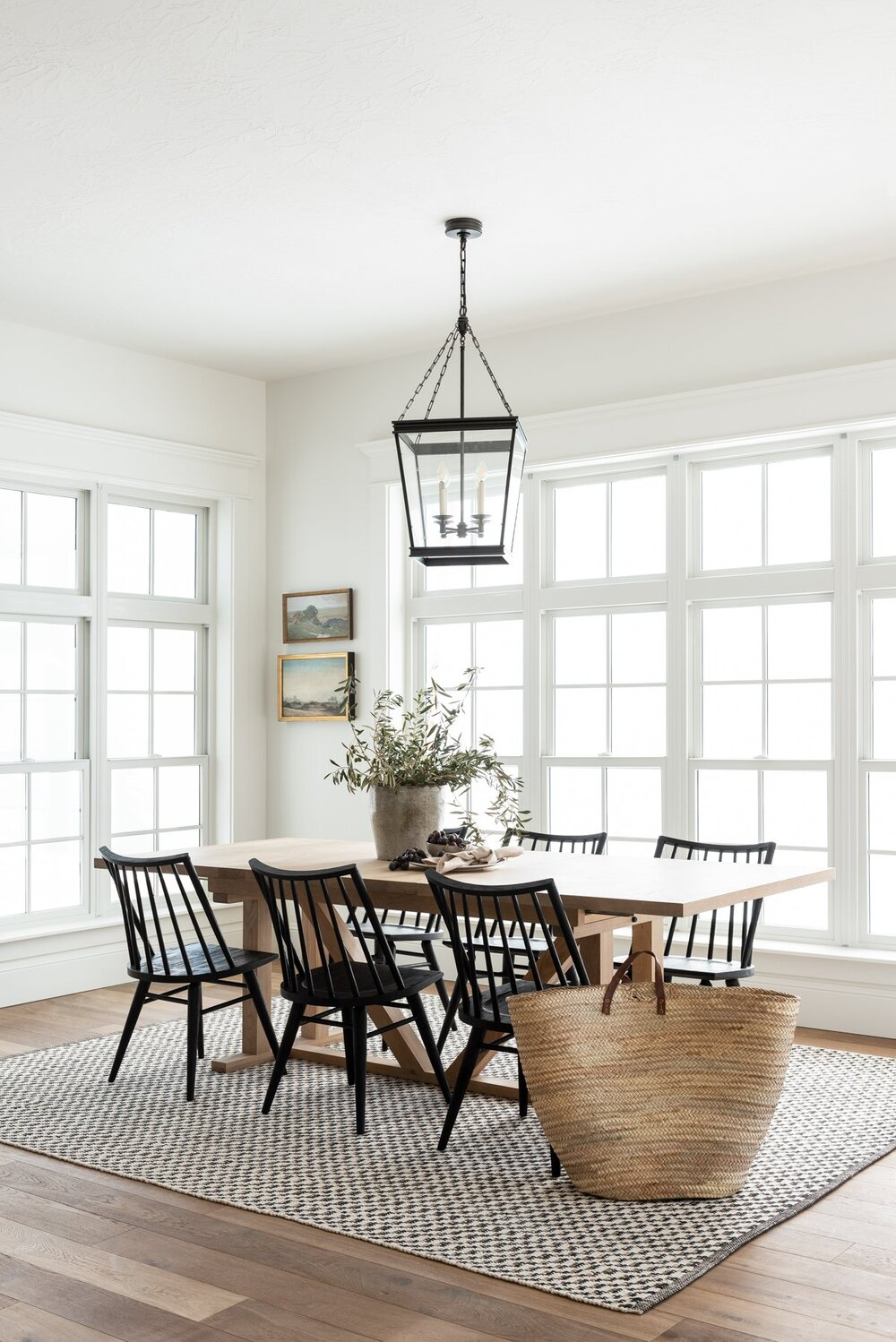 timeless dining room & kitchen