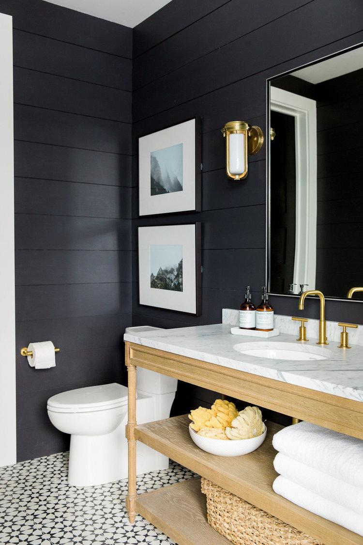 Black+walls+in+the+Powder+Bath+__+Studio+McGee.jpg