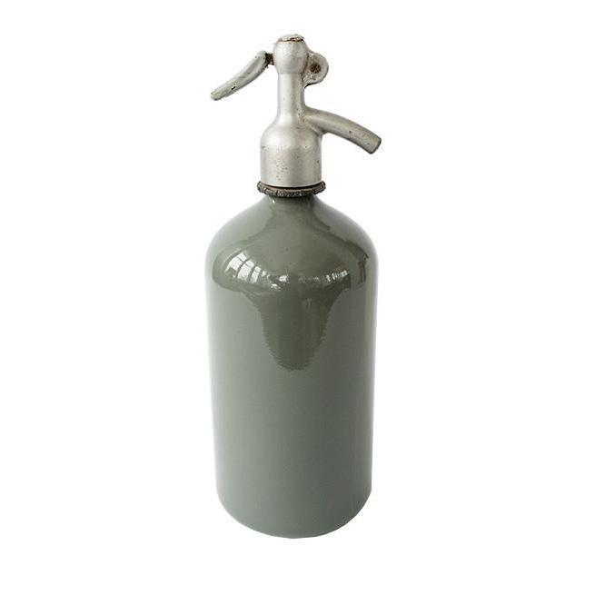 Found_Seltzer_Bottle_5_d0dd7738-04d2-4f17-8728-3b3f7c798625.jpg