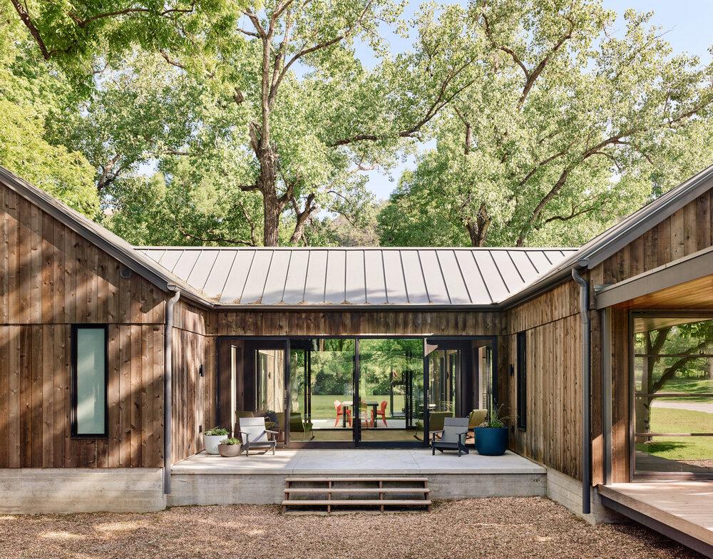 By  Stuart Sampley Architects.