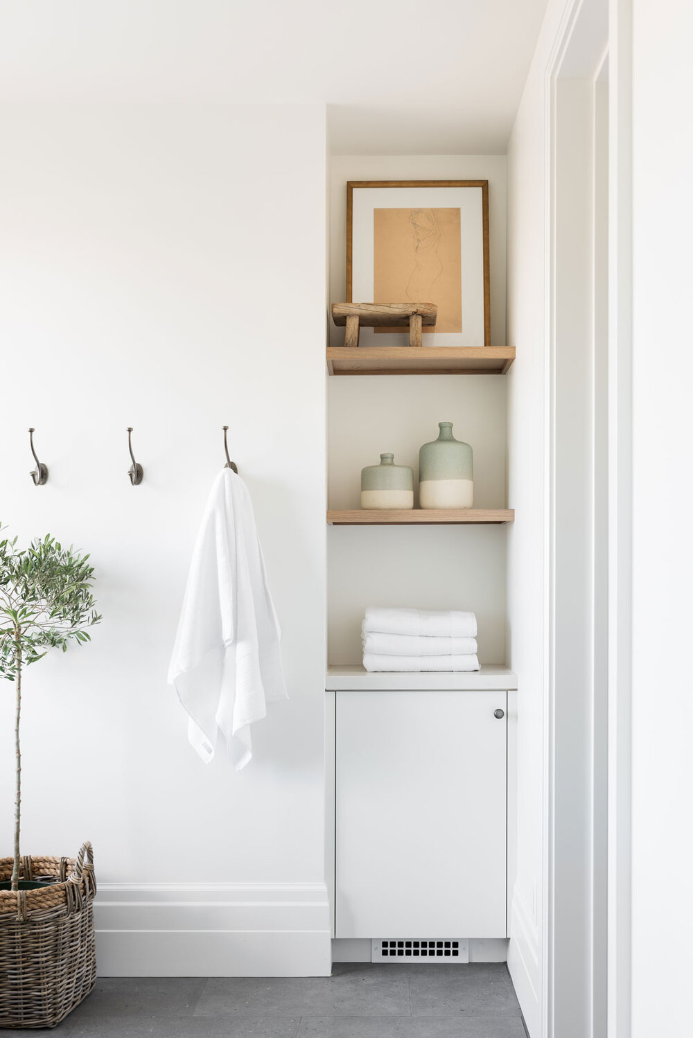 5 Ways to Refresh Your Bathroom Space