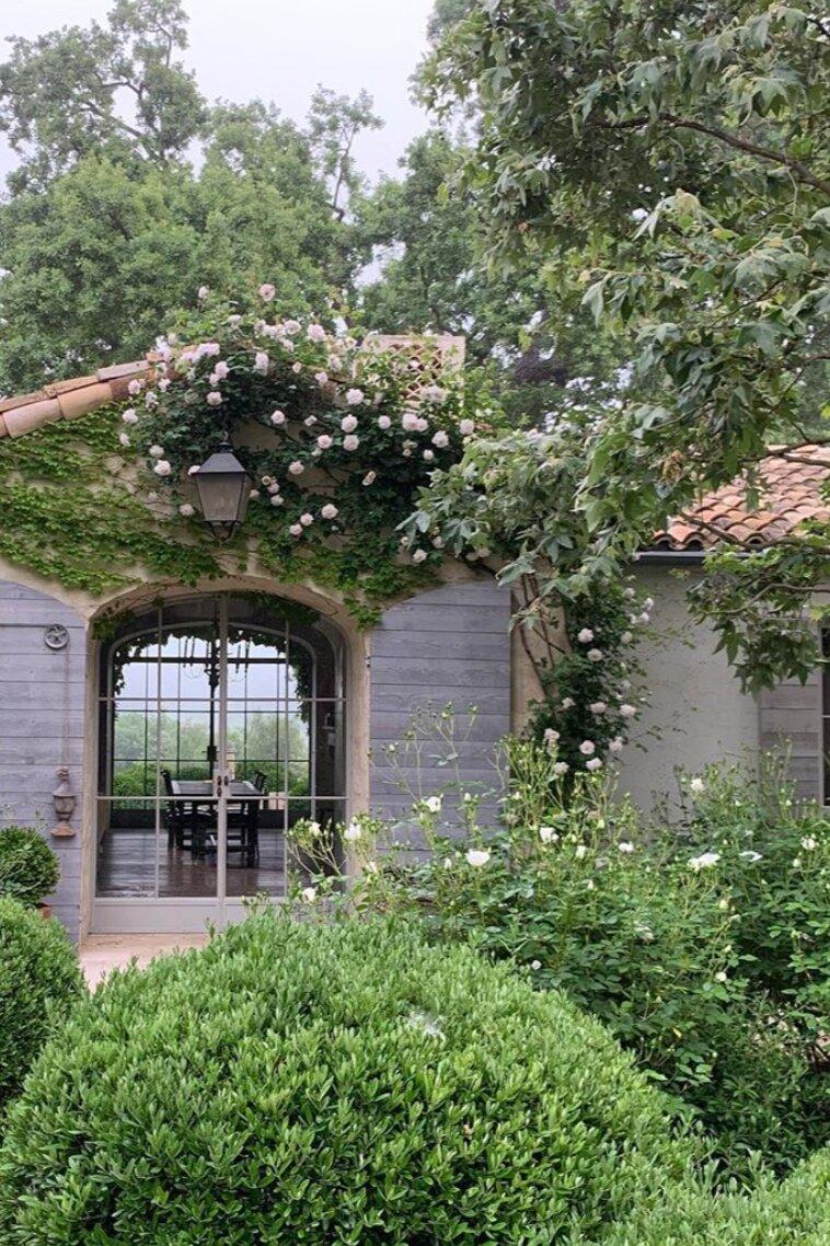 @velvetandlinen 's beautiful farm and garden