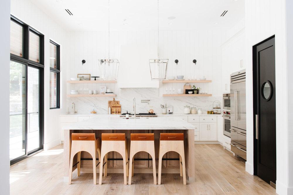 kitchen_dining-reedits-001.jpg