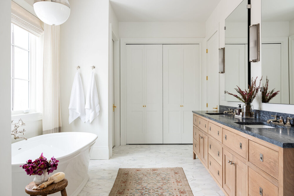 Read our post on 5 ways to refresh your bathroom space here!