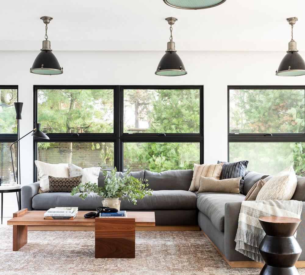 Simple & Layered Bonus & Guest Room
