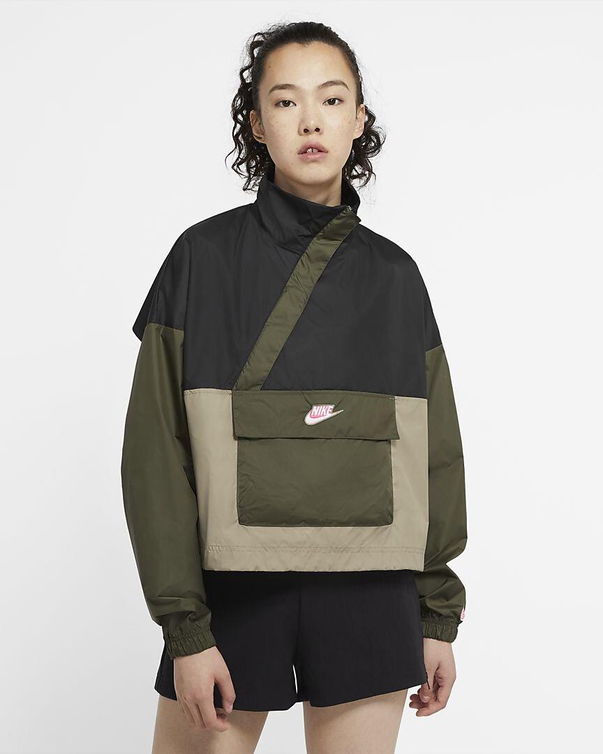 sportswear-icon-clash-womens-woven-anorak-3mMZVJ.jpg