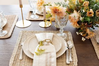 Tips for Styling a Festive Tablescape