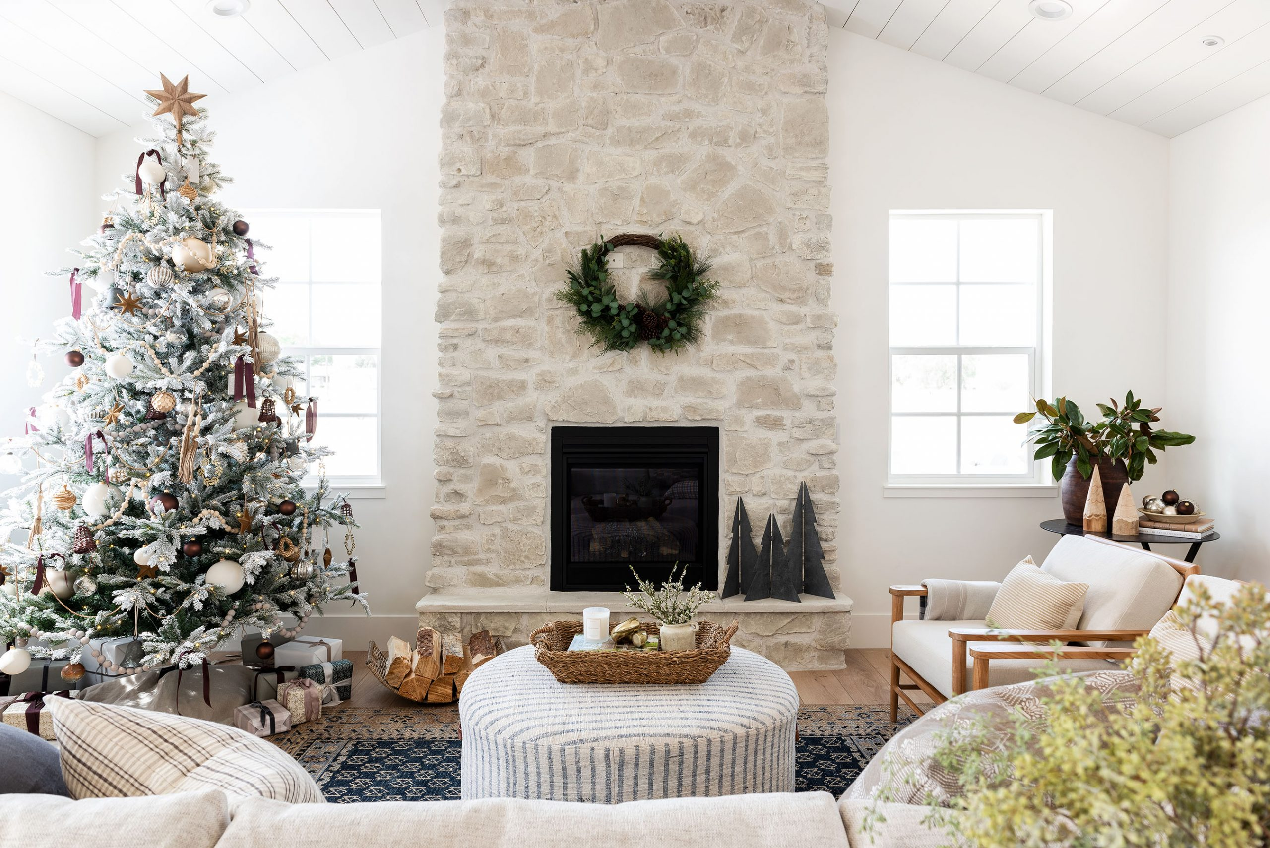 Our Step-By-Step Tree Decorating Guide