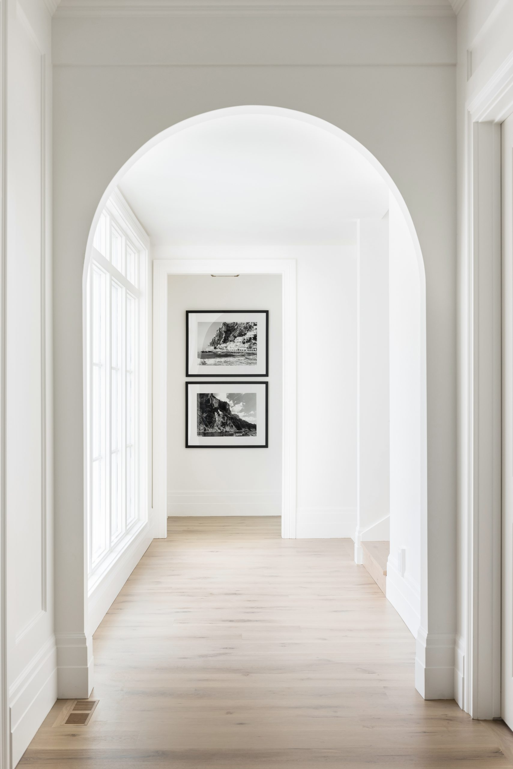 Incorporating Curved Elements in Your Space
