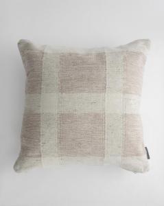 Trish Indoor/Outdoor Pillow