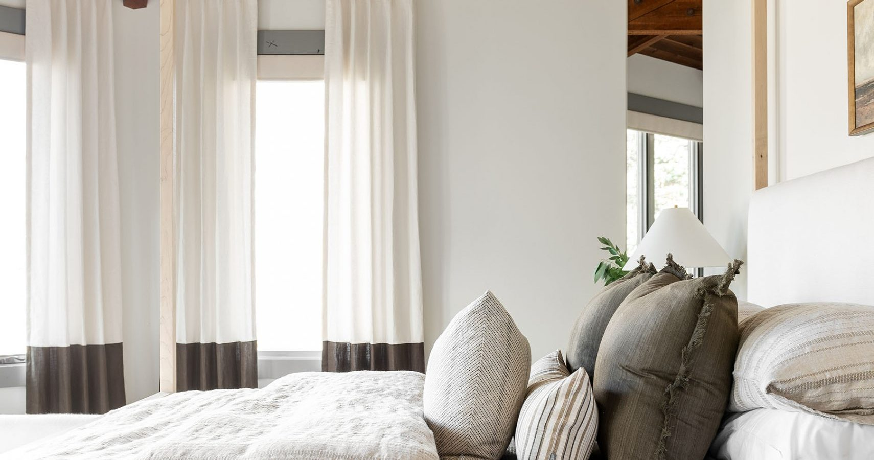 5 Steps for Styling the Bed