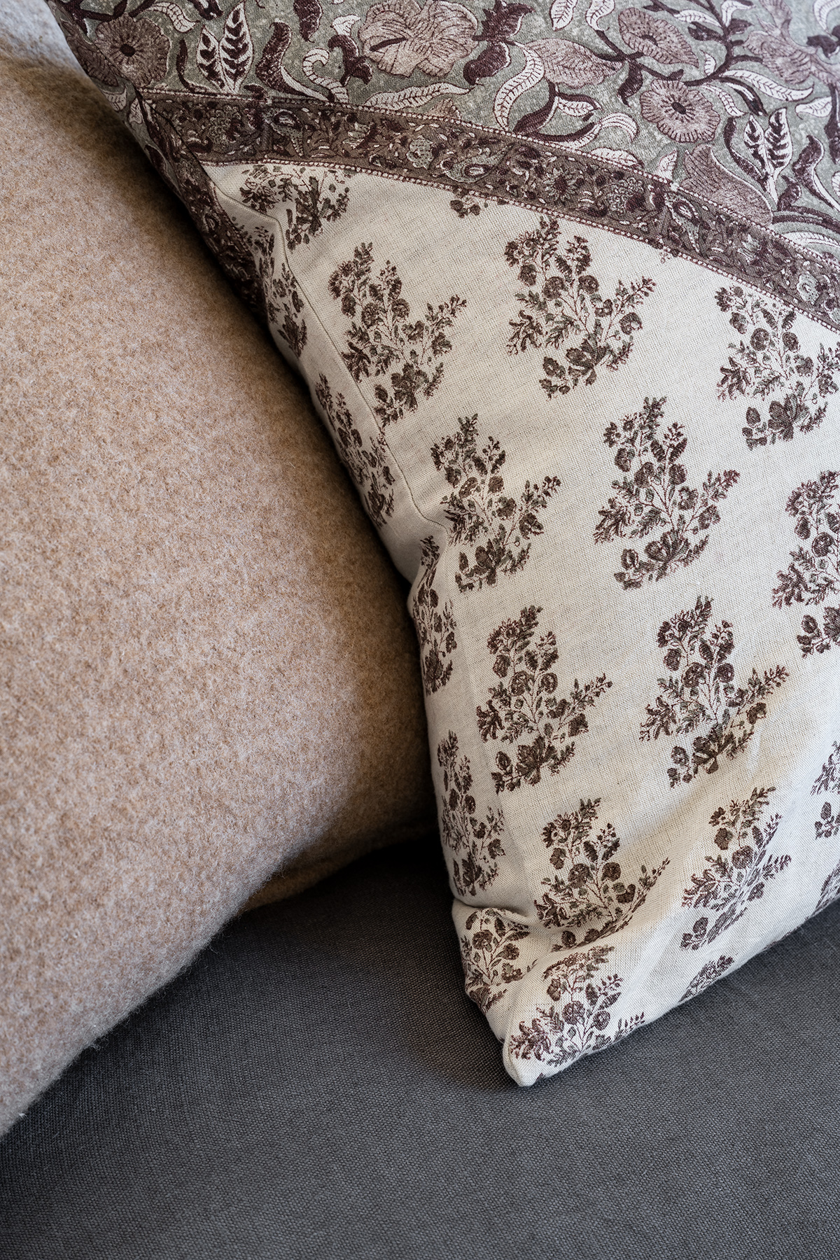 How to Mix Multiple Patterns in One Space